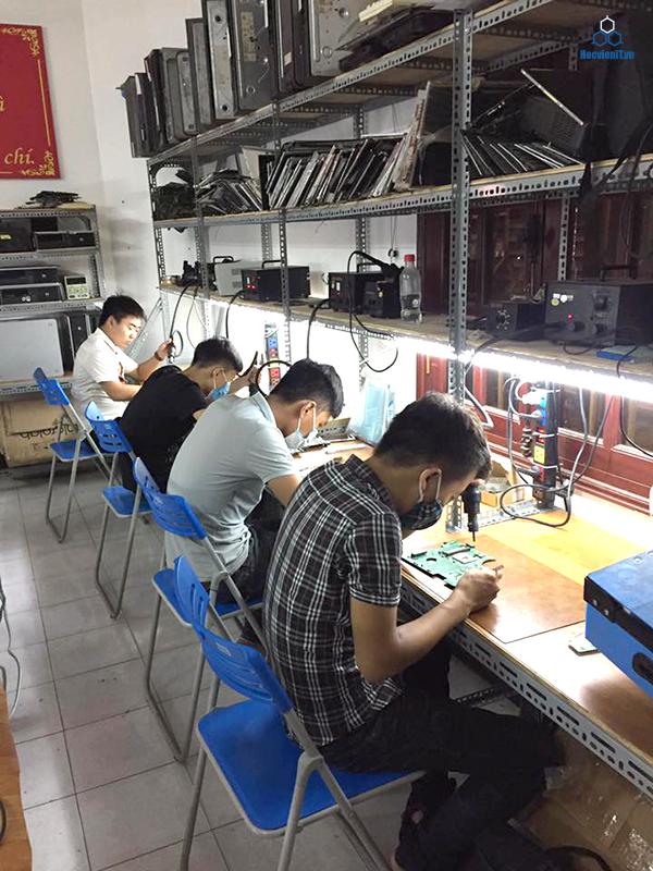 học việc sửa chữa máy tính