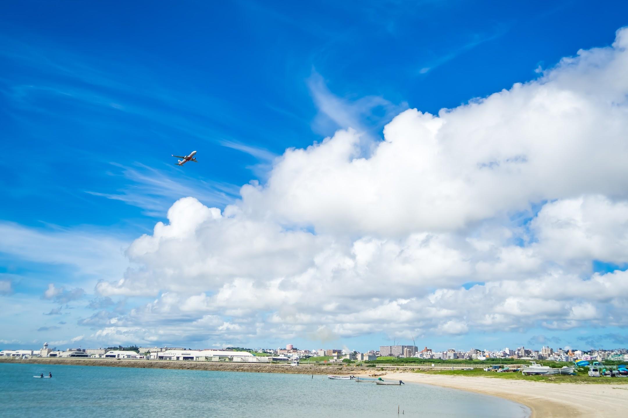 沖縄 瀬長島 飛行機3