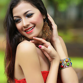 The Happiness by Arrahman Asri - People Fashion ( fashion, red, beautifull, woman, happy, beauty, smile, people, portrait )