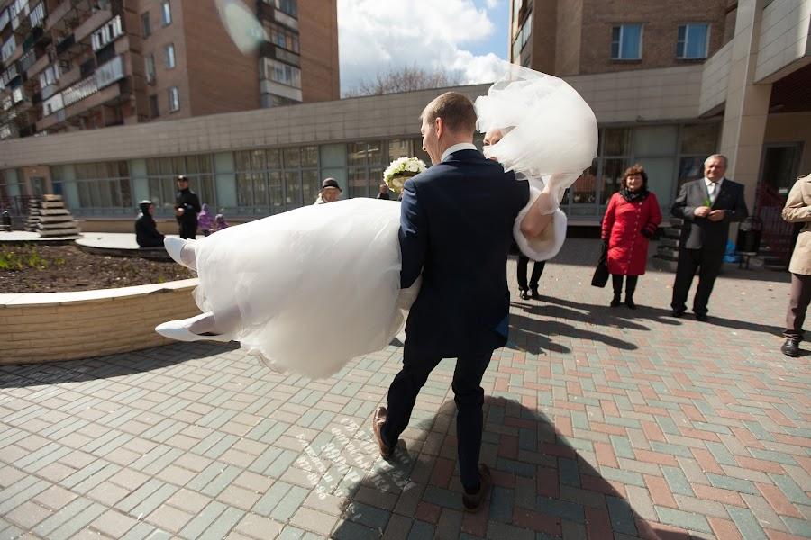 Hochzeitsfotograf Nastya Ladyzhenskaya (Ladyzhenskaya). Foto vom 15.05.2015