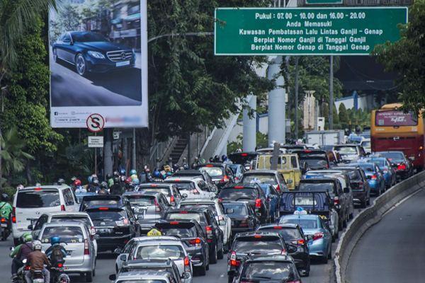 Jadi Kota Termacet se-Indonesia, Bandung Bakal Terapkan Ganjil Genap ?