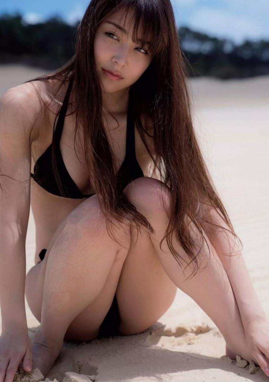 Miru Shiroma9