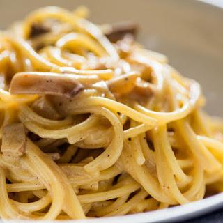 Vegan Carbonara Pasta.
