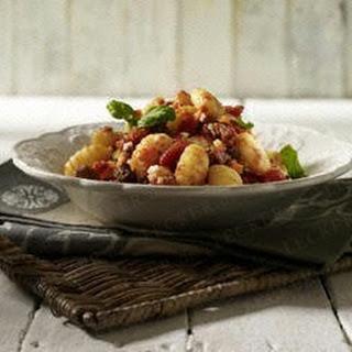 Bolognese-Soße zu Kartoffel-Gnocchi