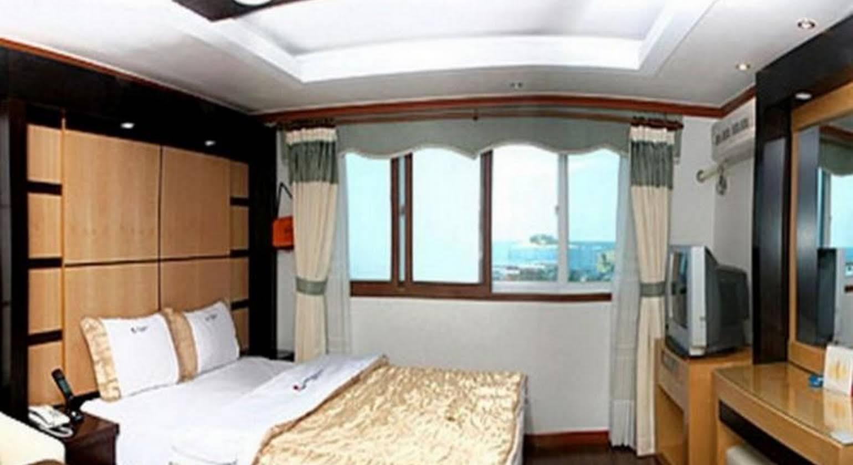 Goodmorning Hotel
