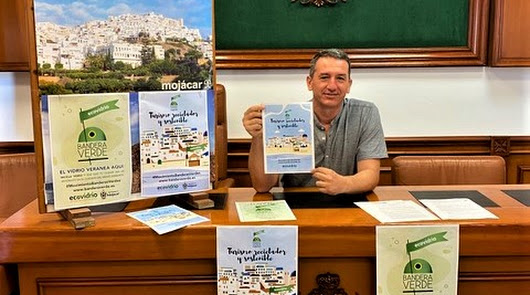 Mojácar competirá este verano por conseguir la Bandera Verde de Ecovidrio