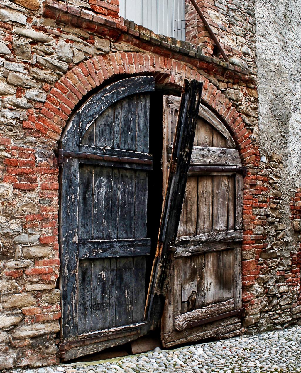 Porta Antica di Ro51