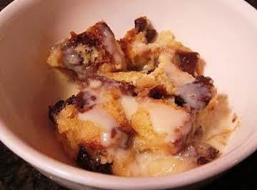 Almond Amaretto Bread Pudding with Amaretto Sauce