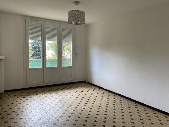 Location appartement 4 pièces 66 m2