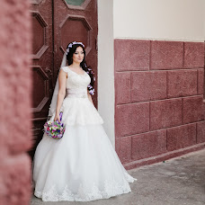 Wedding photographer Osman Sotavov (takaki). Photo of 20.10.2015