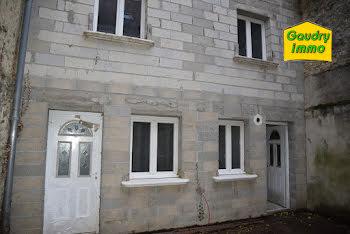 maison à Bèze (21)