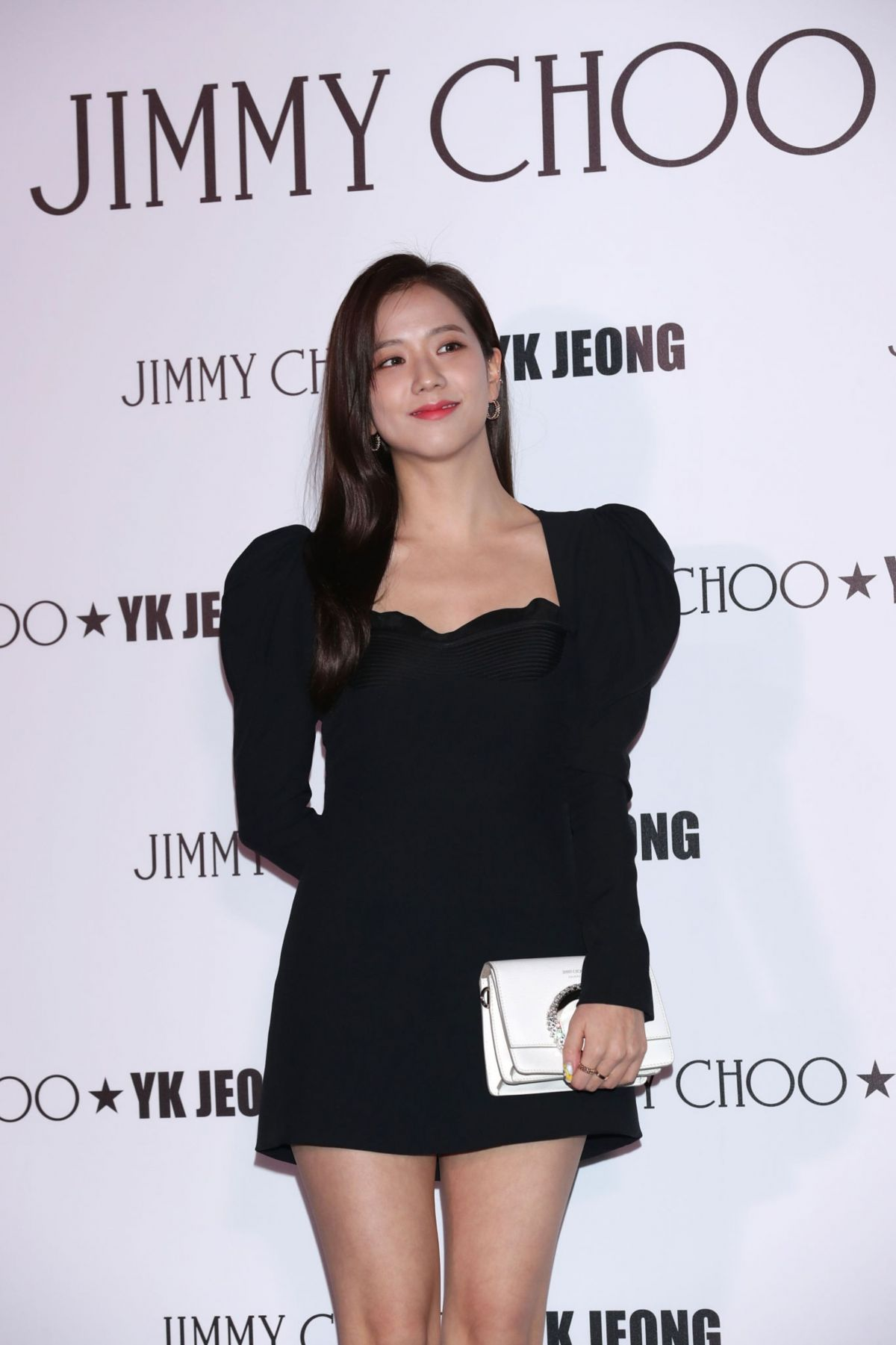 jisoo-from-blackpink-at-jimmy-choo-x-yk-jeong-capsule-collection-launc-in-seoul-01-09-2020-2