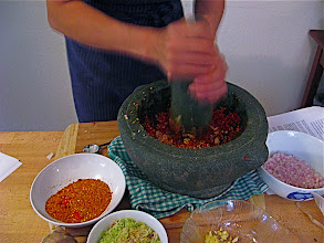Photo: pounding paste for sour curry