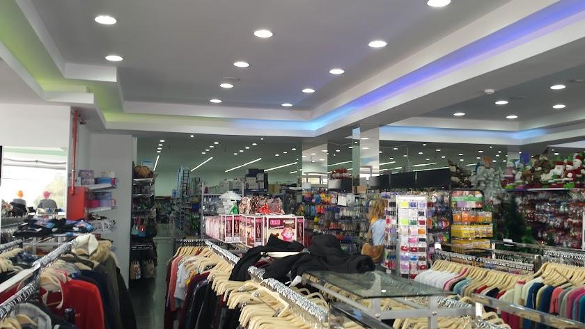 Los inspectores realizaron con anterioridad una campaña informativa para dar a conocer las normas a los comerciantes.