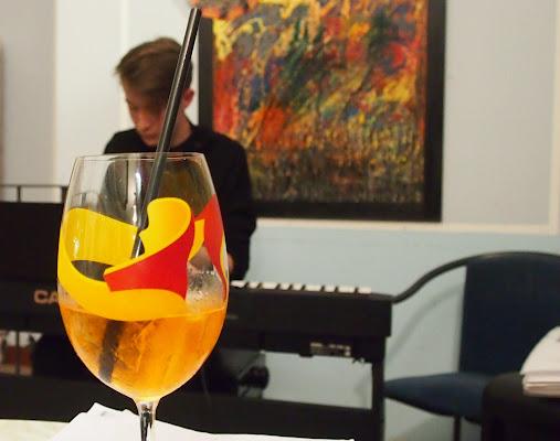 aperitivo in musica di Thomasina