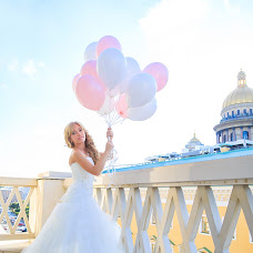 Wedding photographer Natalya Dmitrieva (DmitrievaNatalia). Photo of 19.07.2015