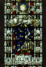 Photo: Detail 5, Edward the Confessor - Stained glass window West front Hereford Cathedral - 1902
