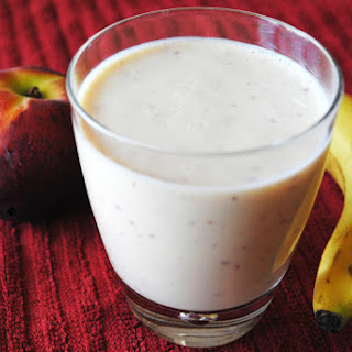 Low Fat Peach and Banana Smoothie.