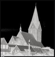 Photo: Die St.-Marien-Kirche in der Kleinstadt Barth ist ein Bau der Norddeutschen Backsteingotik aus dem 13. Jahrhundert.