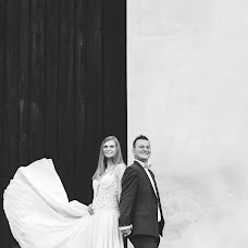 Wedding photographer Aleksandra Jarosz (Szada). Photo of 28.08.2017