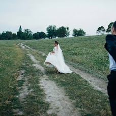 Wedding photographer Volodimir Lesik (Tsembel). Photo of 10.10.2017