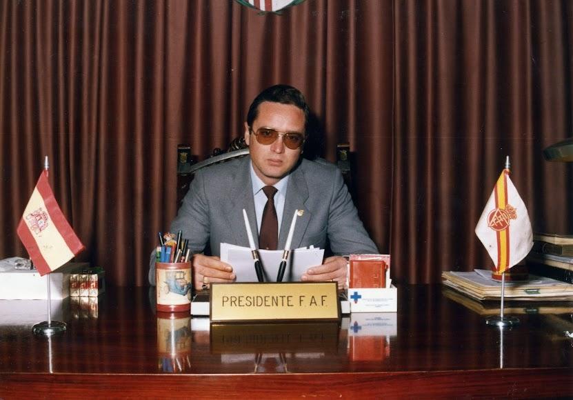 Nicolás Uclés en los años 80.
