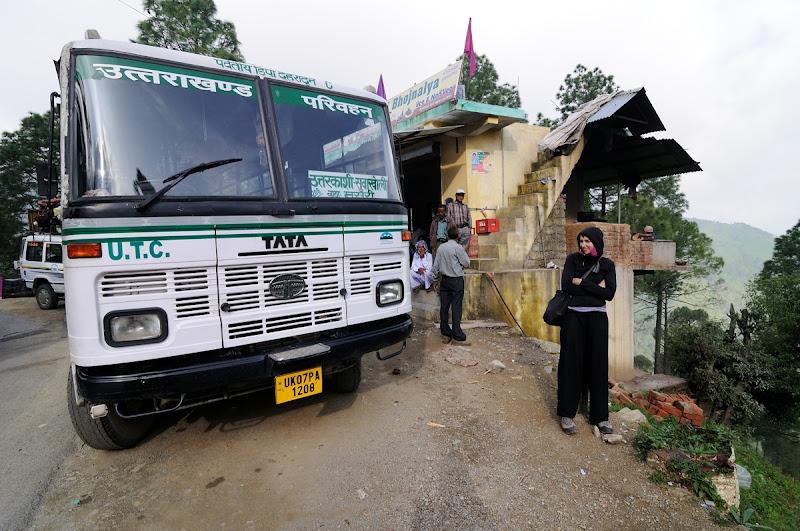 Photo: Zastávka na snídani při cestě z Dehra Dun do Uttarakashi