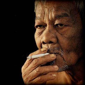 by Azmi Han - People Portraits of Men