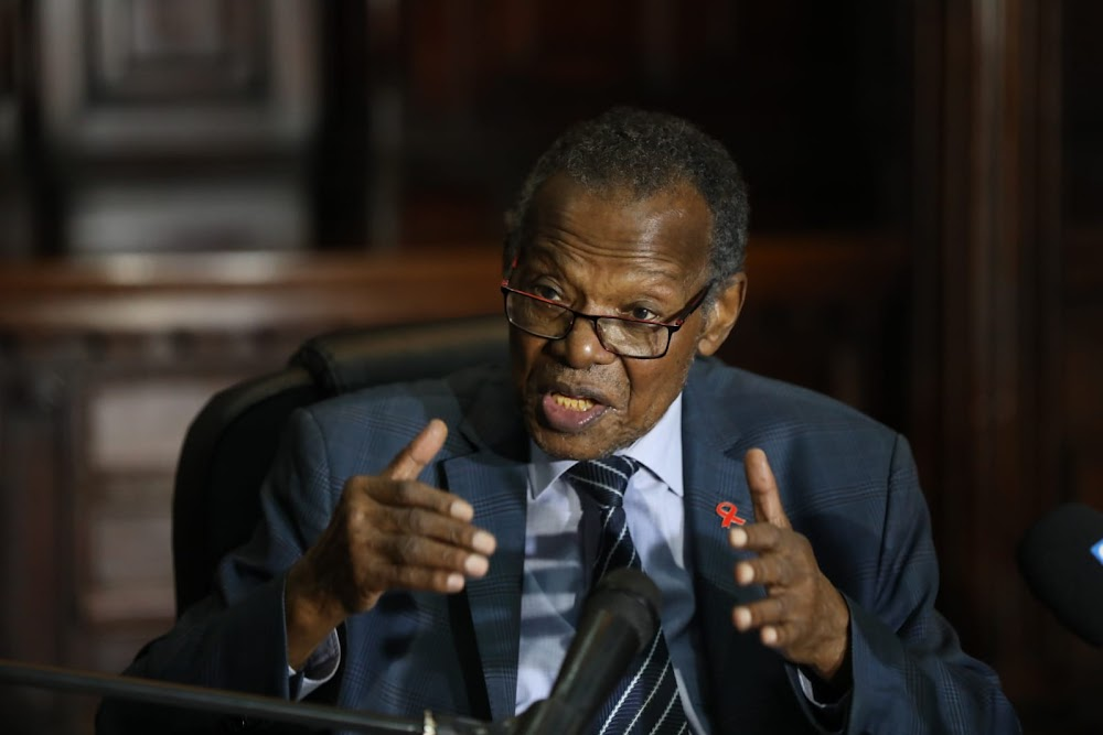 Zulu prince doesn't intend contesting the throne, says Buthelezi