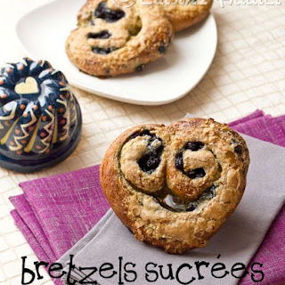 Heart Shaped Blueberry sweet Pretzels