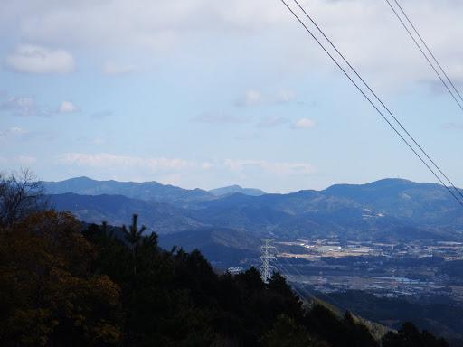 右から富幕山・三岳山・浅間山など