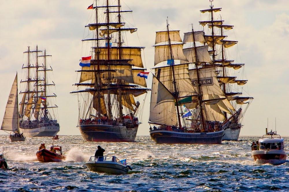 8fP vBe7Cv1w1zmbdosrsHFq6tpZdcaxXfcr3vaMseI=w1000 h666 no - Фотохроника морского парада в Амстердаме