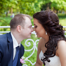 Wedding photographer Elena Gomancova (leeloo). Photo of 04.08.2015