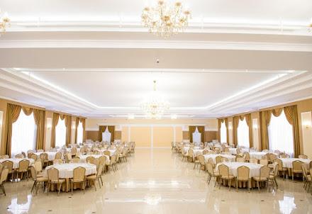 Банкетный зал GoldenYar  для корпоратива