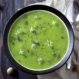 Creamy Asparagus and Leek Soup