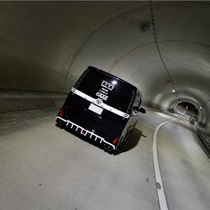 ヴォクシー ZRR80W のカスタム事例画像 くらっしゅかねつぐさんの2020年11月30日18:58の投稿