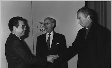 Photo: Li Peng, Klaus Schwab, Cardinal Martini - World Economic Forum Annual Meeting 1992