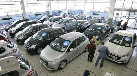 Las ventas de vehículos en Almería bajan a la mitad