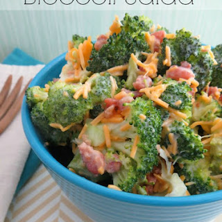 BROCCOLI SALAD (RUBY TUESDAY'S COPYCAT).