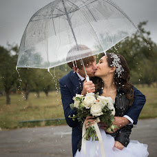 Wedding photographer Vadim Konovalenko (vadymsnow). Photo of 12.09.2017