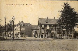 Photo: 1910 Tramstation Haagpoort met op de voorgrond de Haagpoortbrug (gezien vanuit Breda richting Princenhage).