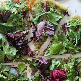 PESTO SALAD PIZZA.