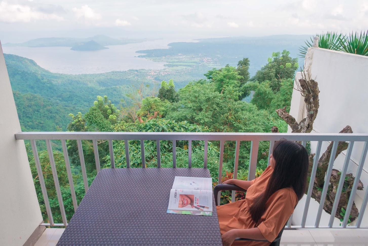 L & J Bistro Bed and Breakfast Tagaytay