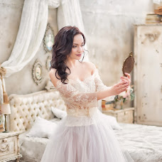 Wedding photographer Valentina Ermilova (wwerm1510). Photo of 22.04.2017