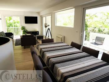 Appartement 4 pièces 141,13 m2