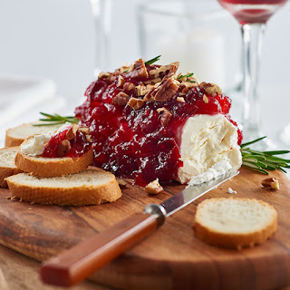 Cranberry & Pecan Topped Cheese Log