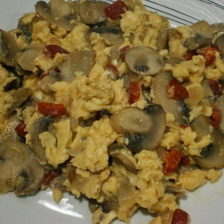 Mushroom and Red Pepper Scramble
