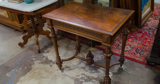 58KP53 - Walnut French Henry II Style Lamp Table