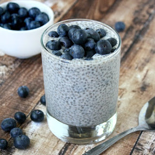 Vanilla Bean and Blueberry Chia Pudding (Raw, Vegan, Gluten-Free, Dairy-Free, Paleo-Friendly, No Refined Sugar).