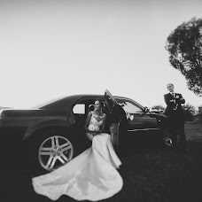 Wedding photographer Yanina Popovich (YanaKadr). Photo of 04.10.2018